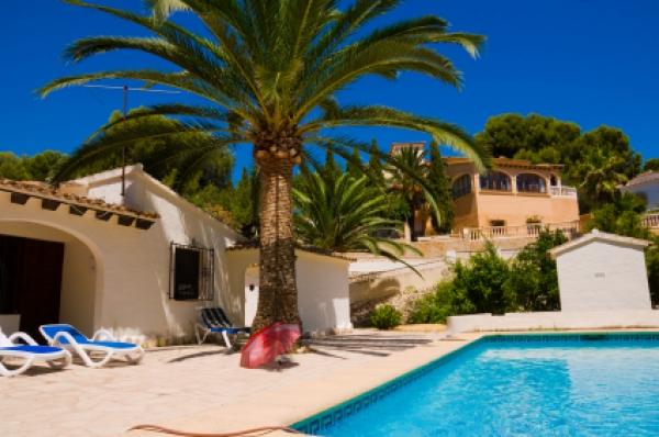 Безопасно ли покупать недвижимость в Испании?