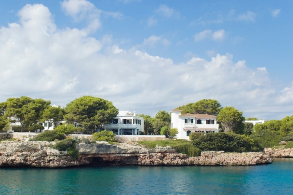 Advice on buying property in Spain