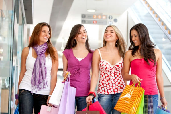 Shopping in commercial centres Costa Blanca South