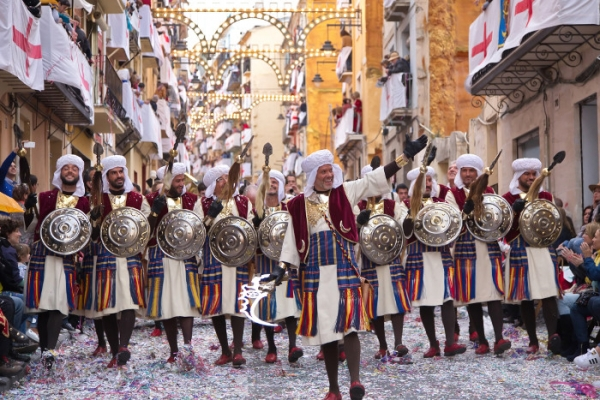 Summer means the Moors and Christians | Ábaco Advisers