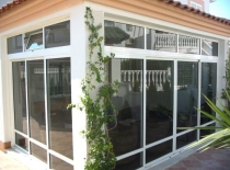 Extensions: closing in a balcony or terrace in Spain